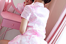 Himinami Stripping Cheongsam In Front Of Dressing Table Mirror